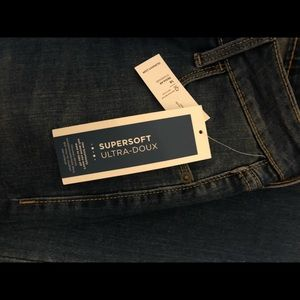 NWT! Rockstar skinny jeans from Old Navy!